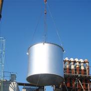 冷却塔の組立
